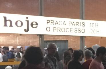 """""""O Processo"""", documentário sobre o golpe, lota cinema de Brasília em pré-estreia"""