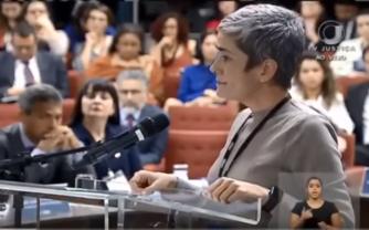 Durante audiência no STF, pesquisadora Débora Diniz lembra o caso de Ingriane Barbosa