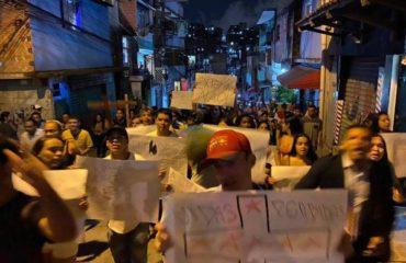 Vídeos mostram agressão policial em Paraisópolis após ação em baile funk